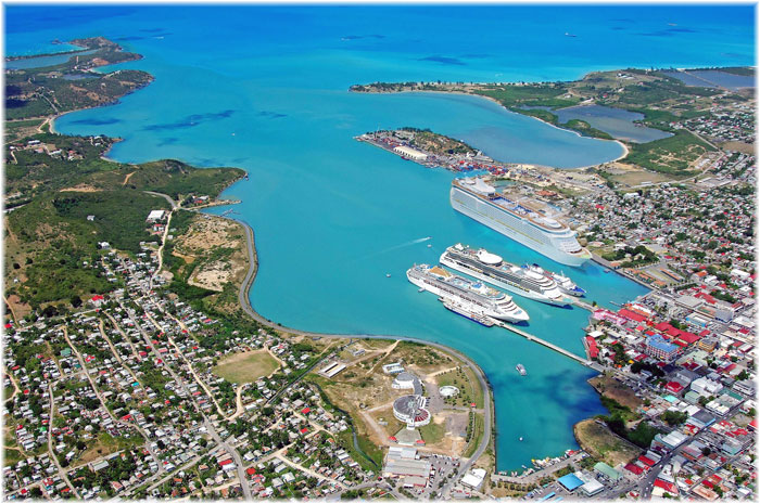 The cruise port in Antigua (GPH)