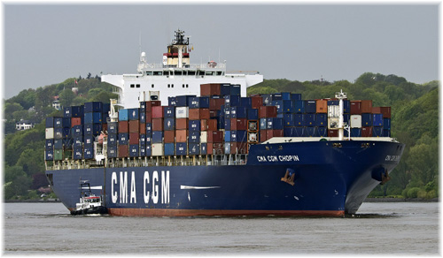 CMA CGM Chopin in River Elba