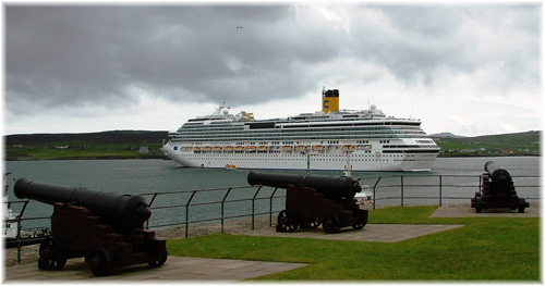 Costa Pacifica at Lerwick in June 2011