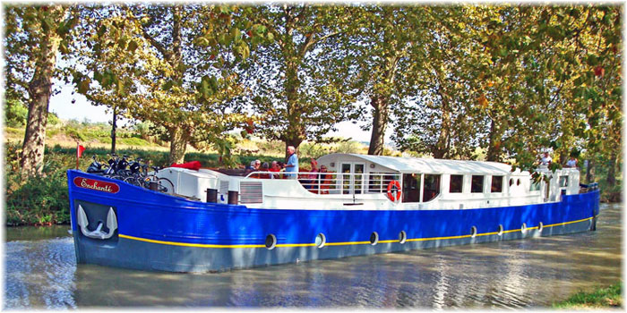 Hotel Barge Enchanté - European Waterways