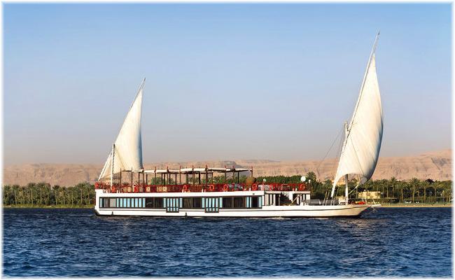 The sailing boat Feddya