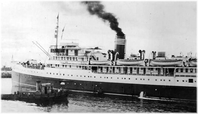 New Northland arriving at Palm Beach January 10, 1927, the first ship to offer weekly cruises from Florida