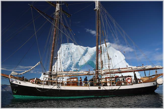 Wooden schooner Opal (North Sailing)