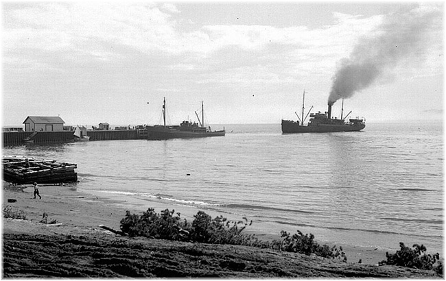 Port of Sept Iles: Clarke Steamship's 50 berth s.s. Gaspésia arriving in 1946 (Click to enlarge)