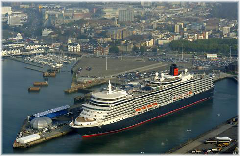 Queen Elizabeth in Southampton