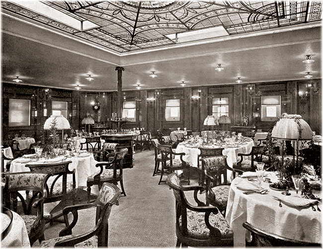 Ritz-Carlton first went to sea in 1905, in Hapag's Amerika, which had its own extra tariff Ritz-Carlton restaurant