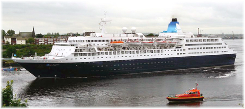 The Saga Sapphire  (Photo Jim the Geordie at Jim's Tyneside photo blog)