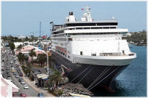 Holland America Line' Veendam at Hamilton