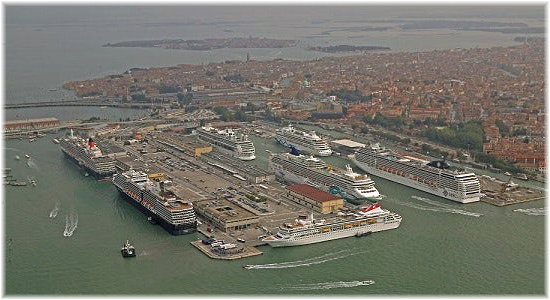 Aerial view of the Venice port (Courtesy VTP)