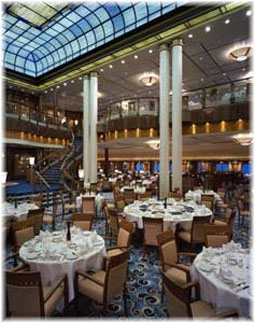 Queen Mary 2 - The Britannia Restaurant